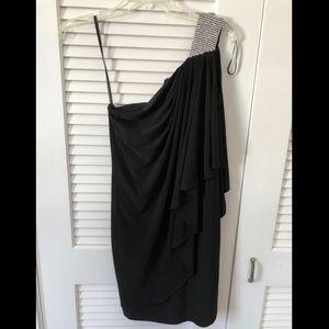 Designer- caché dress sz 4 black sparkle shoulder